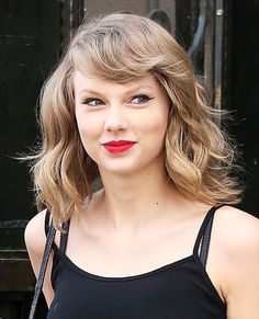 Celebrity trend: Κοντά, σπαστά και καλοκαιρινά μαλλιά | Jenny.gr