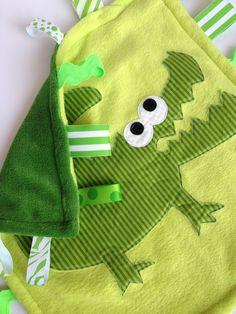 Minky Fleece Tag Blanket Alligator, Crocodile in Green.  I can make this!