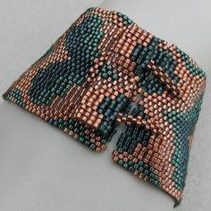 Narrow Green Bargello Hearts Peyote Cuff 2446 A by SandFibers