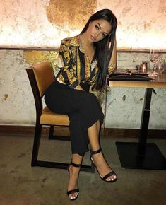 Glamorous fall outfit ideas that always look adorable, Stylish and classic Casual wear. Exciting my style collection in Perfect look Outfit of the day. Mode Outfits, Night Outfits, Classy Outfits, Chic Outfits, Trendy Outfits, Fall Outfits, Summer Outfits, Fashion Outfits, Womens Fashion
