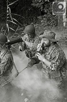 BEP Operation Muguet, Indochina, The photograph is of a modern day re-enactment group. Military Photos, Military History, Malayan Emergency, Ride Of The Valkyries, First Indochina War, Sniper Training, French Foreign Legion, French Colonial, French History