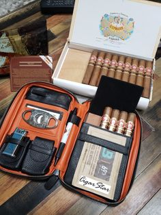 Cigar travel at it's best. Shipped from Canada. Cigars And Whiskey, Good Cigars, Pipes And Cigars, Cuban Cigars, Leather Cigar Case, Leather Pouch, Cigar Accessories, Smoking Accessories, Cigar Travel Case