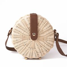 Cheap Shoulder Bags, Buy Directly from China Women Straw Bag Bohemian Bali Round Straw Rattan Bag Wicker Circle Beach Handbag Handmade Kintted Shoulder Bags bolso bambu Straw Handbags, Small Handbags, Luxury Handbags, Bohemia Bag, Rattan, Fashion Bags, Women's Fashion, Bali Fashion, Handbag Patterns