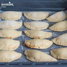 Placintele dulci din aluat fraged / Sweet empanadas - Madeline's Cuisine Empanadas, Smoothie, Muffin, Pie, Breakfast, Sweet, Desserts, Food, Kitchens