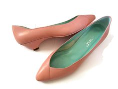 80s Flats Shoes Pastel Pink Salmon Size 9 Nine by GoodLuxeVintage