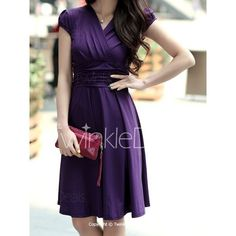 Elegant V-Neck Short Sleeve Solid Color Ruched Women's Dress Half Sleeve Dresses, Dresses With Sleeves, Plus Size Vintage Dresses, Casual Dresses, Dresses For Work, Fall Outfits, Fashion Outfits, Dress Silhouette, Skater Dress
