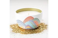Unique soy blend candle ethically handmade by women artisans in the U.S. Socially and environmentally responsible gifts that support women refugees. Fair trade.