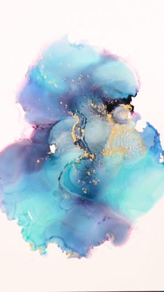 Learn how to create Abstract Fluid Art with Alcohol Inks — An Online Art Class now available on Skillshare. New members get two months of Skillshare FREE! Jellyfish Drawing, Watercolor Jellyfish, Jellyfish Painting, Jellyfish Tattoo, Alcohol Ink Crafts, Alcohol Ink Painting, Alcohol Ink Art, Watercolor Illustration, Tattoo Watercolor