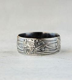 Art Deco Vine Sterling Silver Band | This highly-detailed ring features a winding vine pattern coup... | Rings