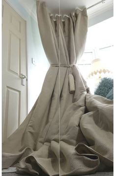 "Laura Ashley Inspired Austen Natural Linen The same quality texture weight colour at very competitive price - intrigued have a look in our shop more exciting offers. Quality curtains and fabric. NEW! Heavy 55"" Width 93"" Long Natural 100%Irish Linen Cotton Lined Bay Curtains"