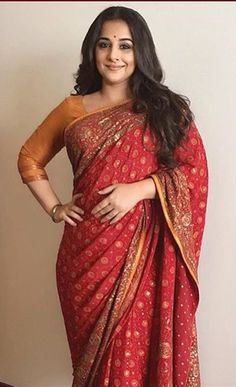 Vidya Balan in Gaurang. Red Saree, Bollywood Saree, Salwar Dress, Indian Silk Sarees, Indian Actress Hot Pics, Vidya Balan, Beautiful Bollywood Actress, Beauty Full Girl, Indian Celebrities