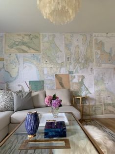 Sara Ruffin Costello, Interior Designer Extraordinaire Favorites for Friday – South Shore Gold Rooms, White Rooms, South Shore Decorating, Map Wallpaper, Wall Maps, Modern Dining Chairs, Modern Room, Diy Wall, Family Room