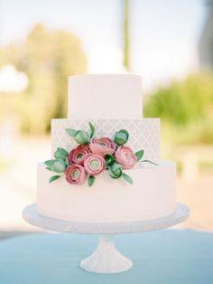 35 pasteles de boda en color blanco con ornamentos hermosos: Riquísima tradición…