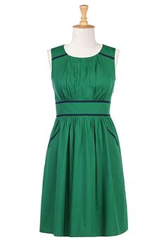 Color trim poplin dress - love the subtle  piping/bias trim