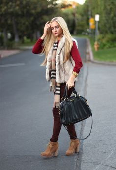 Checked scarf on angelfoodstyle.com Shop the scarf: http://rstyle.me/n/mpmnzr6