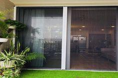 Ngày nay, cửa lưới chống muỗi là sản phẩm không còn xa lạ với nhiều khách hàng. Nó thực sự rất quan trọng đối với cuộc sống của mọi người và là phương pháp chống muỗi hiệu quả nhất, an toàn tuyệt đối cho người sử dụng. Windows, Home Decor, Decoration Home, Room Decor, Home Interior Design, Ramen, Home Decoration, Interior Design, Window