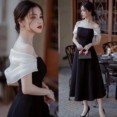 Stylish Dress Designs, Stylish Dresses, Elegant Dresses, Pretty Dresses, Stylish Outfits, Vintage Dresses, Korean Fashion Dress, Skirt Fashion, Fashion Dresses