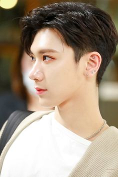 His visual is no joke cr ; Yugyeom, Youngjae, Got7, Winwin, Nct 127, Lucas Nct, Taeyong, Jaehyun, Kpop