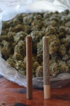 Blunt & Joint. I like when people don't twist their jays.