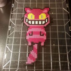 Cheshire cat perler beads by trixiebeard Más