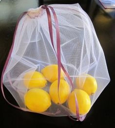 Make Your Own Reusable Produce Bags - Pinching Your PenniesPinching Your Pennies Reusable Shopping Bags, Reusable Bags, Grocery Bags, Sewing Hacks, Sewing Crafts, Sewing Projects, Produce Bags, Make Your Own, How To Make