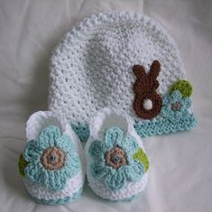 Easter Hat  Shoes  I think this is crochet, but even if it's knit, I'm sure Cindy could copy it. #CrochetEaster
