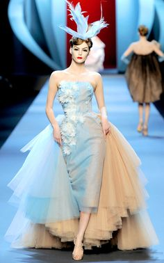 dior couture 2011. this would make a pretty amazing detachable for a wedding dress.