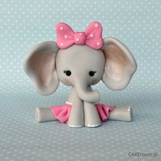 Oh my gosh I just got into the polymer clay animals and this is one of the cutest ones I've seen