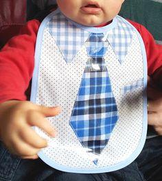 Bavoir Plastifié avec Cravate et Col de Chemise
