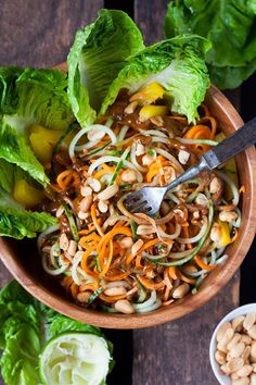 This recipe is fresh, healthy and delicious! If you like filling low carb recipes, … summer roll bowl. This recipe is fresh, healthy and delicious! If you like filling low carb recipes, … Healthy Dinner Recipes, Low Carb Recipes, Beef Recipes, Chicken Recipes, Cooking Recipes, Cabbage Recipes, Clean Eating, Healthy Eating, Summer Rolls