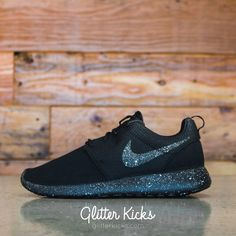 Nike Roshe One Customized by Glitter Kicks - 'Oreo' Black / White Paint Speckle