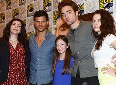Stephenie Meyer, Taylor Lautner, Robert Pattinson, Mackenzie Foy, Kristen Stewart