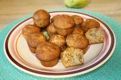 BRIOSE CU GUTUI No Cook Desserts, Muffins, Cooking, Ethnic Recipes, Food, Bebe, Kitchen, Muffin, Essen