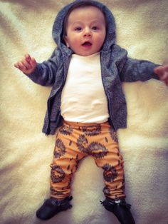 Baby Boy Style-just add a bow and I would put my baby girl in this Cool Baby, Baby Kind, Little Boy Fashion, Baby Boy Fashion, Kids Fashion, Baby Outfits, Kids Outfits, Cute Kids, Cute Babies