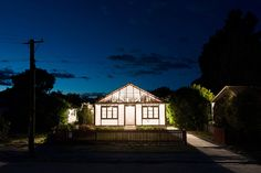ian strange deconstructs homes in christchurch for final act