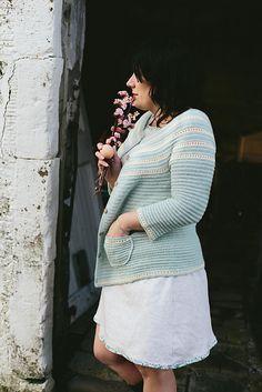 Ravelry: Aberfoyle Cardigan pattern by Joanne Scrace
