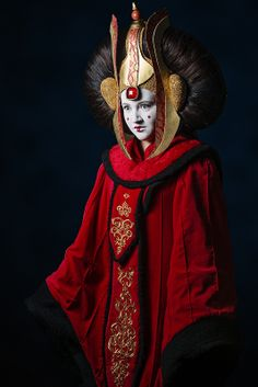 Padmé Amidala from Star Wars by Schmall Cosplay - Space City Con 2013