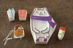 stamps of...bear holding something :p 何もってるの?の画像:ふわふわ堂