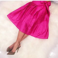 The must-have silk party skirt is here for summer! In two lengths and lots of wonderful colors you'll want more than one for all your summer soirees. #tfssi #stsimonsisland #seaisland #summer #partyskirt #gorgeous