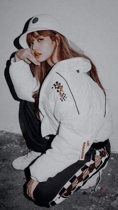 Image about kpop in blackpink by wallflower on We Heart It Kpop Girl Groups, Korean Girl Groups, Kpop Girls, Jennie Blackpink, Blackpink Lisa, Blackpink Fashion, Korean Fashion, Forever Young, Lisa Blackpink Wallpaper