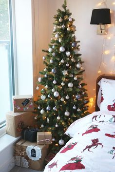Wake up to a room full of holiday cheer with the perfect Christmas Themed Bedroom. If you are far from being the old Grinch or Scrooge than this is the perfect bedroom theme for you. Christmas is the celebration of… Continue Reading → Christmas Decorations Diy For Teens, Christmas Themes, Holiday Decor, Christmas Wishes, Christmas Colors, Merry Christmas, Zoella Christmas, Winter Christmas, Christmas Feeling