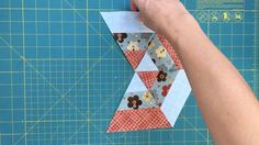 """117 Likes, 4 Comments - Sewn Up. TeresaDownUnder (@teresadownunder) on Instagram: """"Some hexagons you can make with 3 strips. Tutorial on my blog. Link in profile . . . . . .…"""""""