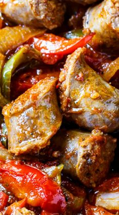 Simple and Delicious Italian Sausage and Peppers Recipe ~ It's a breeze to whip up for a family meal… Serve it over rice or pasta or stuff it into hoagie rolls for a filling dinner the whole family will enjoy. Pork Recipes, Cooking Recipes, Recipies, Budget Cooking, Budget Recipes, Fast Recipes, Oven Recipes, Easy Cooking, Healthy Recipes