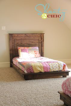 I like the lip around edge--makes it look finished. I want to make this! DIY Furniture Plan from Ana-White.com How to make platform bed inspired by Pottery Barn Kids Fillmore Platform Bed. Free easy step by step plans include diagrams, shopping list and cutting list.
