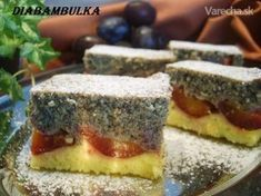Tvarohovo-slivkový koláčik s makom (fotorecept) - recept Czech Recipes, Something Sweet, Tiramisu, Cheesecake, Deserts, Dessert Recipes, Food And Drink, Menu, Cookies