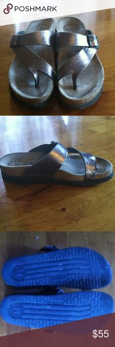 Mephisto sandals Women's size 36 mephisto sandals. Metallic taupe. Great shape. mephisto Shoes Sandals