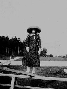 Emperor Nicholas II of Russia and his daughter Grand Duchess Anastasia Nikolaevna Romanova of Russia in Finland in 1911.A♥W