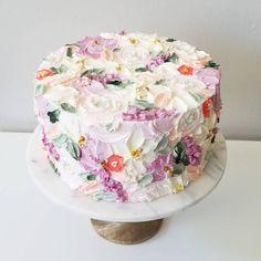 44 Ideas For Cupcakes Fondant Flores Buttercream Flowers Gorgeous Cakes, Pretty Cakes, Cute Cakes, Amazing Cakes, Dragons Cake, Soul Cake, Decoration Patisserie, Wedding Cakes With Flowers, Flower Cakes