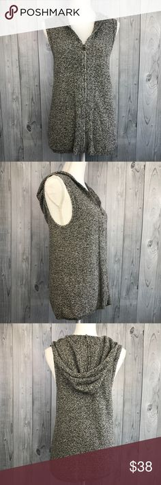 J. Jill marled grey chunky knit sweater vest M Marled heather grey knit. Hooded sleeveless sweater vest from J. Jill in great condition. Soft and cozy. Size medium J. Jill Sweaters