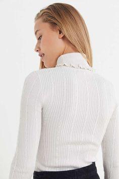 54404bf08b Slide View: 2: UO Faye Ruffle Turtleneck Sweater Turtleneck, Urban  Outfitters, Ruffles